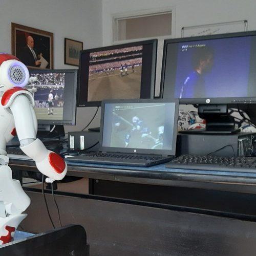 Лаборатория по роботика