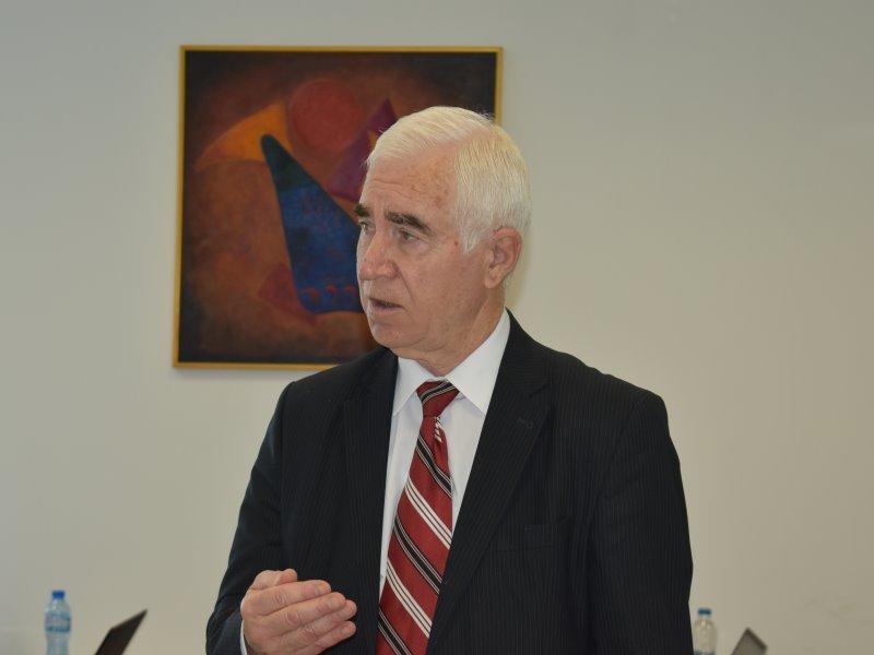 проф. Асен Конарев